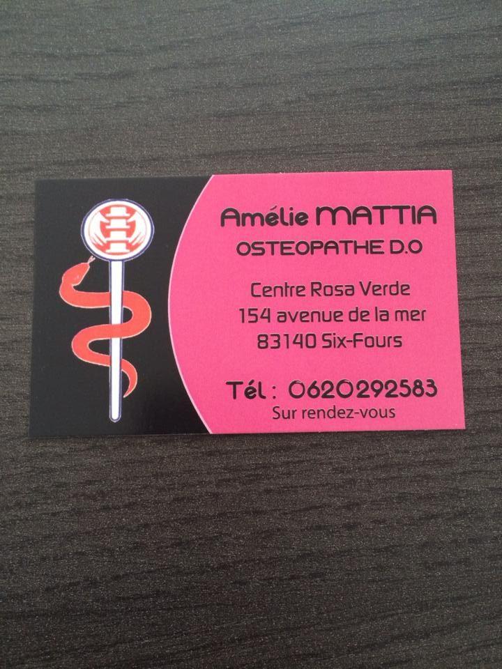 Amélie MATTIA.jpg